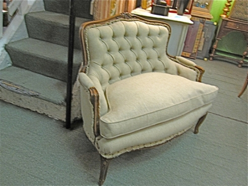 French Marquise/Bergere in Walnut
