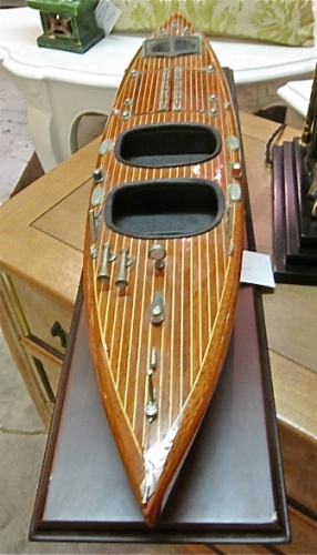 Azimut Scale Model Racing Boat
