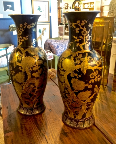 PR. LATE MEIJI BLACK AND GOLD KUTANI VASES