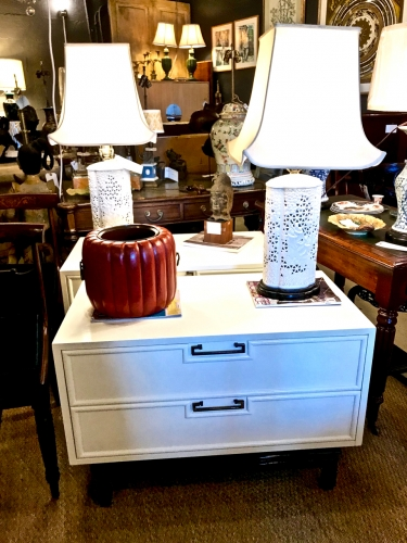 PAIR MID-CENTURY IVORY LACQUERED NIGHT STANDS/CHESTS