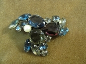 Vintage Early 20th c. Colored Stone brooch
