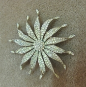 Trifari Sunflower Broach c. 1960