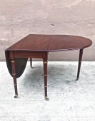 19TH CENTURY REGENCY MAHOGANY DROP LEAF TABLE