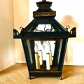 PAIR ENGLISH REGENCY STYLE CHINOISERIE LANTERNS--LATE 20TH c.