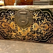 LARGE CHINESE PAINTED LACQUER TRUNK